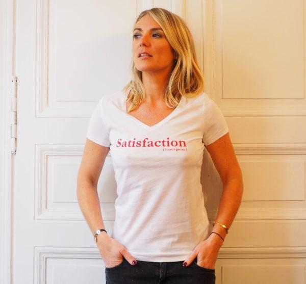 Tshirt satisfaction blanc rouge col V femme